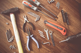 Grundausrüstung für Heimwerker – Diese Werkzeuge erleichtern den Alltag